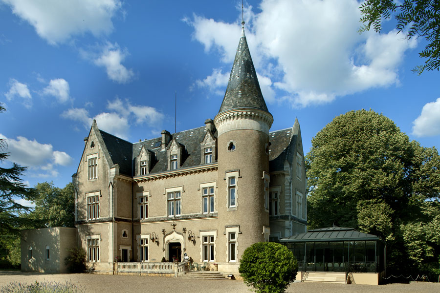 chateau des reynats hotels de charme perigord hotel 4 etoiles en dordogne. Black Bedroom Furniture Sets. Home Design Ideas