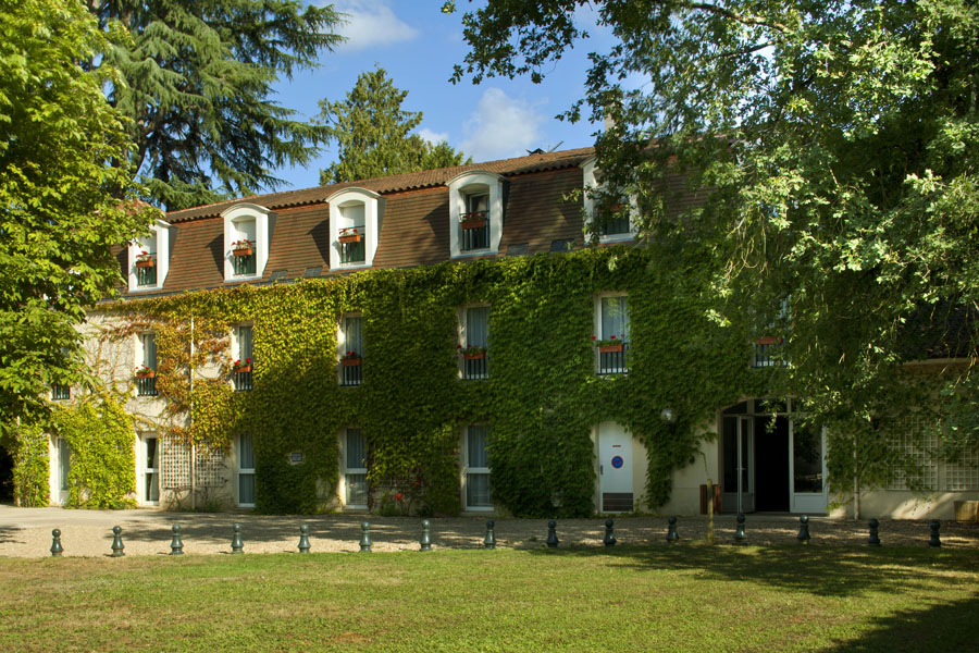 Hotel de l 39 orangerie perigueux officiele website for Garderobe chateau